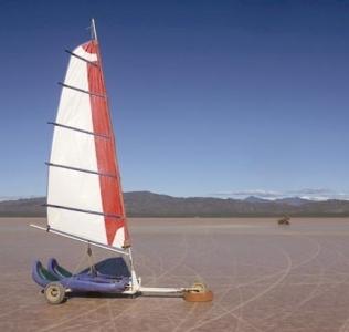 Jugando con el viento en el desierto riojano