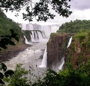 Iguazú: las cataratas y mucho más
